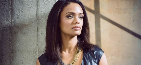 Elsa's mother Jumi as played by Kandyse McClure